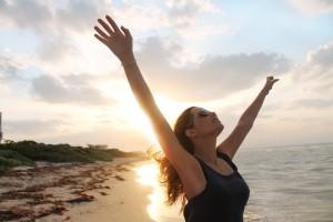 Respire de nouveau grâce au purificateur d'air connecté Aube