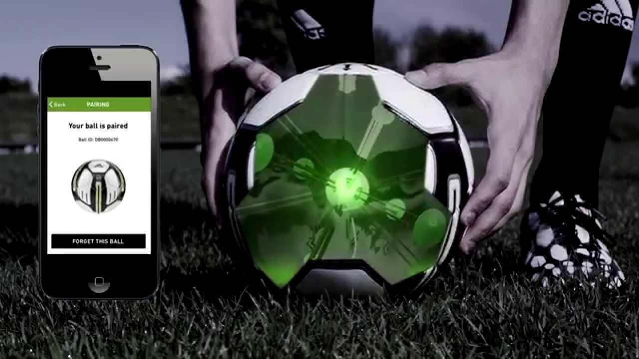 Ballon de football connecté